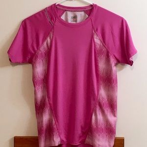 Nike Sz Small pink short sleeve shirt